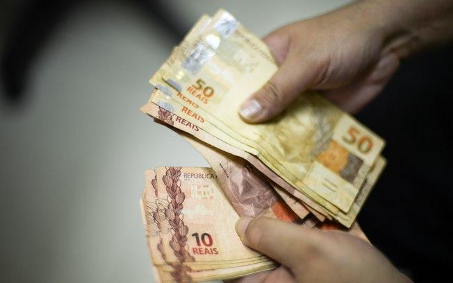 Câmara aprova auxílio de R$ 600 para pessoas de baixa renda durante pandemia