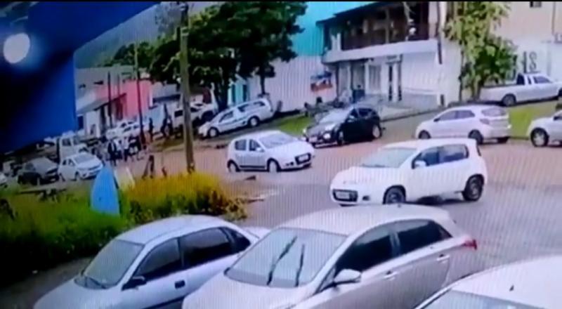 Criminosos atacam agência bancária em Caraá